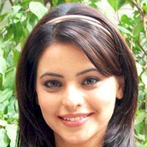 Aamna Sharif Age, Birthday, Birthplace, Bio, Zodiac &  Family