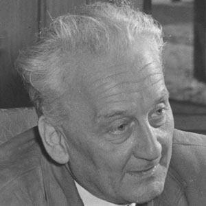 Albert Szent-Gyorgyi Age, Birthday, Birthplace, Bio, Zodiac &  Family