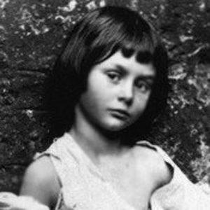 Alice Liddell Age, Birthday, Birthplace, Bio, Zodiac &  Family