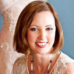 Claire Pettibone Age, Birthday, Birthplace, Bio, Zodiac &  Family