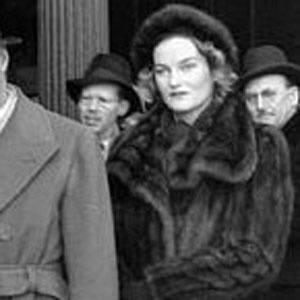 Doris Duke Age, Birthday, Birthplace, Bio, Zodiac &  Family