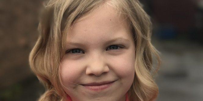 Ellie Jackson Age, Birthday, Birthplace, Bio, Zodiac &  Family