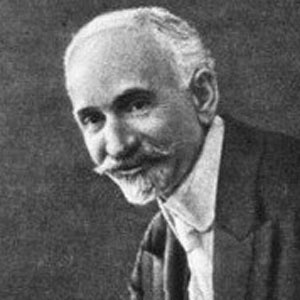 Hovhannes Tumanyan Age, Birthday, Birthplace, Bio, Zodiac &  Family
