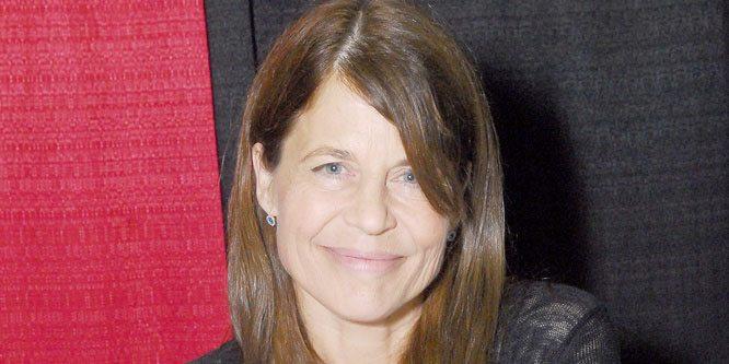 Linda Hamilton Age, Birthday, Birthplace, Bio, Zodiac &  Family