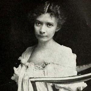 Mary Johnston Age, Birthday, Birthplace, Bio, Zodiac &  Family