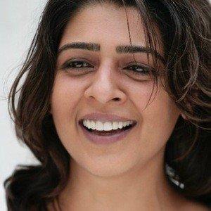 Nisha Nayar Age, Birthday, Birthplace, Bio, Zodiac &  Family