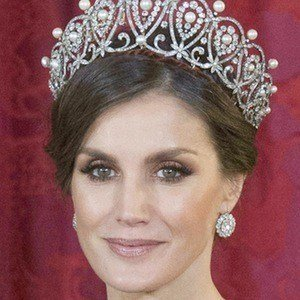Queen Letizia of Spain Age, Birthday, Birthplace, Bio, Zodiac &  Family