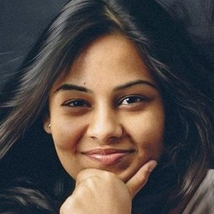 Radhika Pandit Age, Birthday, Birthplace, Bio, Zodiac &  Family