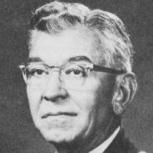 Robert J. Wood Age, Birthday, Birthplace, Bio, Zodiac &  Family