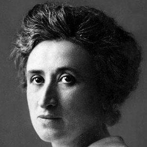 Rosa Luxemburg Age, Birthday, Birthplace, Bio, Zodiac &  Family