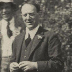 Walter De la Mare Age, Birthday, Birthplace, Bio, Zodiac &  Family