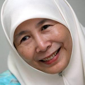 Wan Azizah Age, Birthday, Birthplace, Bio, Zodiac &  Family