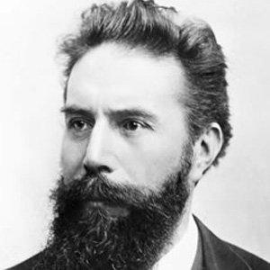 Wilhelm Rontgen Age, Birthday, Birthplace, Bio, Zodiac &  Family