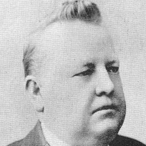 William Henry Davies Age, Birthday, Birthplace, Bio, Zodiac &  Family